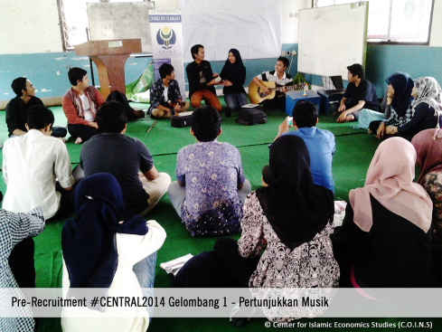 Pertunjukkan Musik C.O.I.N.S Pre-Recruitment #CENTRAL2014